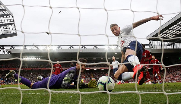 Premier League - Liverpool v Tottenham Hotspur